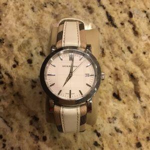 Burberry Heritage Nova Check Watch.  Model #BU1379